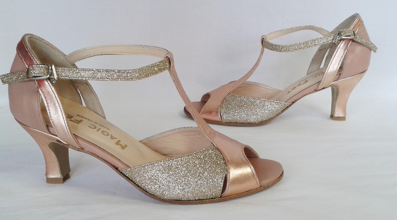 Chaussures En Dentelle Rose Avec Des Merveilles Talon Merveilles utU7Ayhu